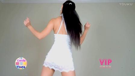 【糖果秀】9Muses秘密 白色旗袍包臀裙 近景电脑背