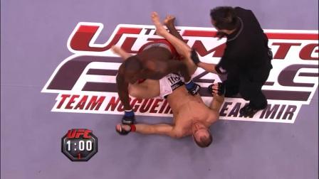 """UFC210 预热 你见过""""减重""""打次中量级的样子吗?"""