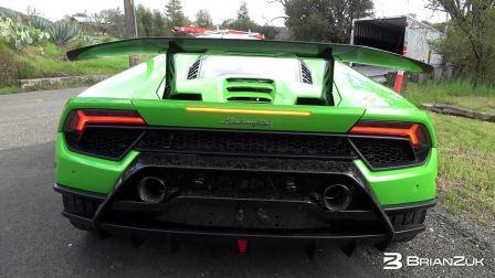 街拍兰博基尼Lamborghini Huracan Performante