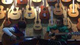 《斑马斑马》双吉他,小学生(琴放吉他班)