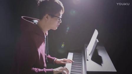 钢琴版-薛之谦《暧昧》_tan8.com