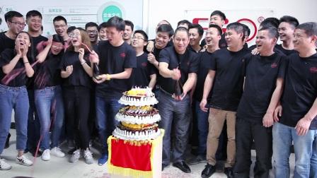 飞傲3月销售破纪录庆祝活动