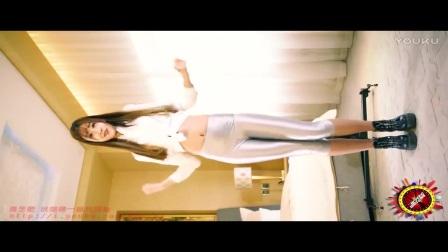 【舞艺吧 小鹿】美女酒店热舞