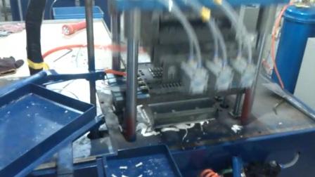 大安陶瓷全自动点火针成型注浆机,陶瓷工业电脑快速成型热压机。☎17766360579                        QQ823786869