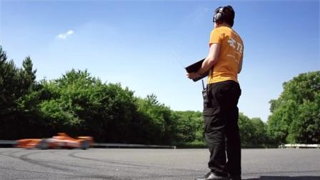 FE电动方程式   赛车里的加速度传感器