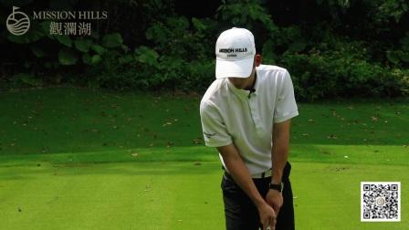一分钟学会高尔夫击球瞬间