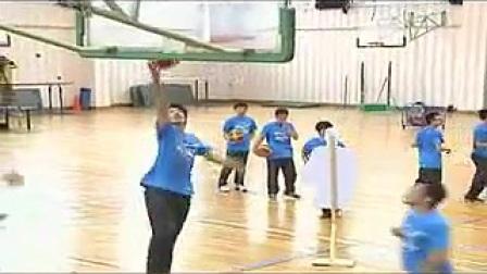 全国第五届优质课:高二年级《篮球:交叉步持球突破行进间单手低手投篮》教学视频(王若愚)