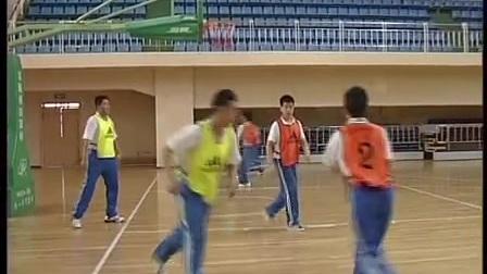 初二体育《篮球传切配合及体能练习》教学视频,长春