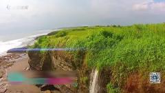 沃尔夫阿兰娜沙滩拍写真 巴厘岛上演比基尼秀