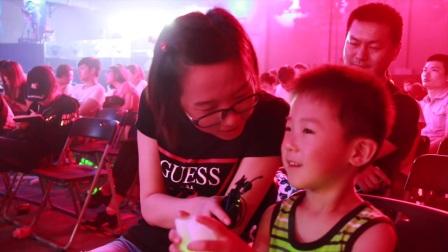 """王者荣耀小学生:我喜欢不知火舞,因为..因为她能""""翻车"""""""