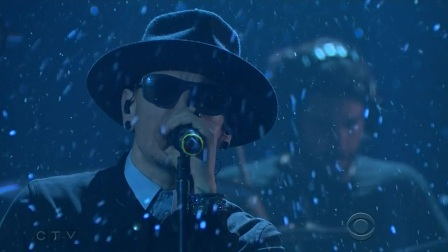 Linkin Park - Invisible (The Late Late Show 2017-02-27)