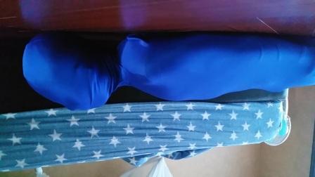 蓝色木乃伊睡袋体验