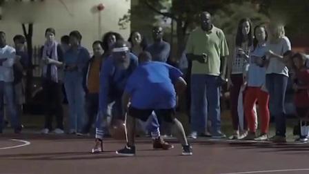 街头篮球视频 N*A巨星欧文&内特罗宾逊假扮老人打街头篮球 超赞的恶搞