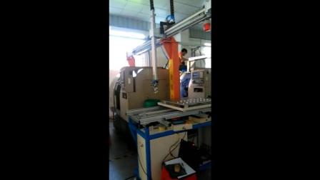 ABB机器人,三轴机械手,车床自动上下料,机器人自动化设备,智能装备厂家,东莞国产机械手,fobrobot