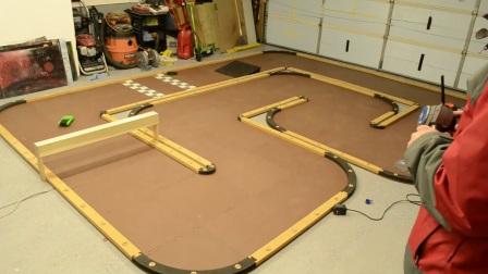 评测 Losi 海绵地毯赛道