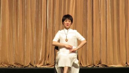 瓯剧演员蔡晓秋在上海介绍瓯剧的历史和发展