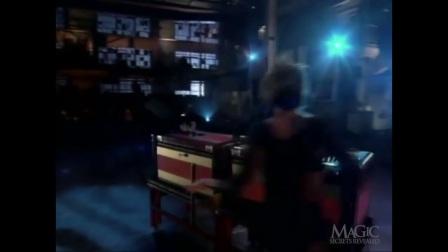 【魔术解密】-魔术大师初长成<4>-手锯惊魂