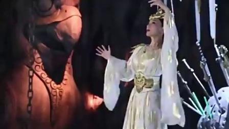【热剧幕后纪录】《择天记》幕后花絮: 圣女和圣后同时掉进河里 先救谁呢?