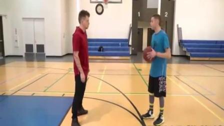街球教授the professor 最新篮球单挑视频加过人教学,简单实用速来学习! 怎样做好上篮的最终动作