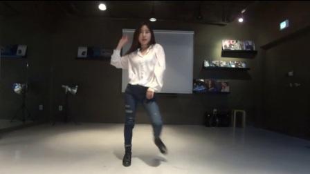 主播艾琳自拍韩国女主播热舞 热舞韩国女主播