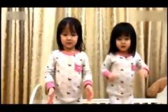 67 双胞胎姐妹诗词歌赋齐上阵-超级搞笑宝宝