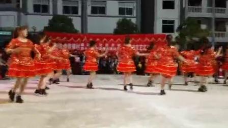 武汉市新洲区仓埠街道周铺星燃舞蹈队