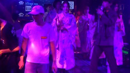 惠州乌石幕色酒吧-美女和服秀-香槟秀现场