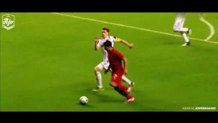 这样的苏亚雷斯谁不怕?苏亚雷斯在利物浦时期的惊人逆天表现!