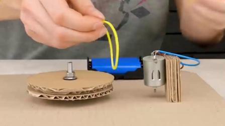玩具唱片机的制作方法,关键是可以放出音乐