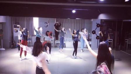 流行舞蹈古风爵士 合肥立晨成人零基础教学 钢管