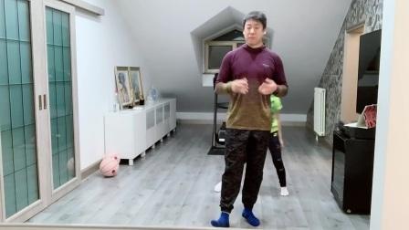 李指导大谈文化基础重要性,小朋友要学习锻炼
