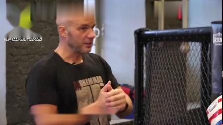 拳击训练泰森拳击招牌教学