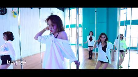 TOP SHOW钢管舞课堂教学视频~2