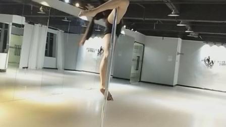 深圳龙岗ZY尚虞国际舞蹈培训机构,钢管舞~
