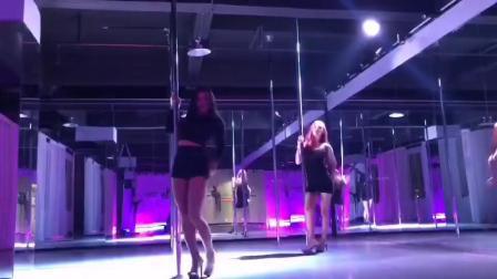 龙岗哪里的舞蹈学校学钢管舞最好