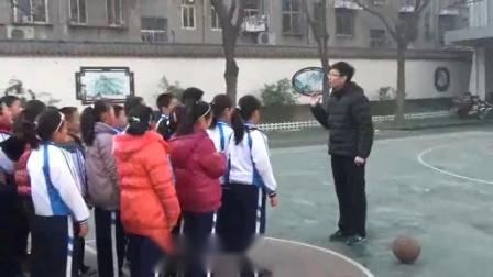 行进间运球-小学体育优质课(2018)