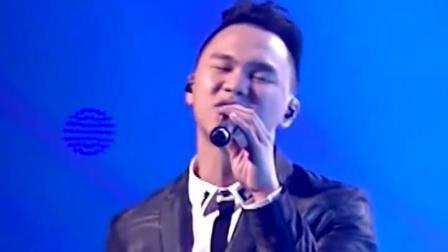 中国好声音 郑伟杰的《情网》呈现了完整的音乐