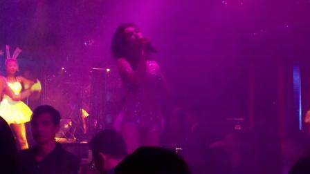 酒吧女歌手海南