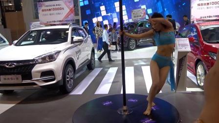 2019首届青岛国际车展奇瑞汽车展台钢管舞表演
