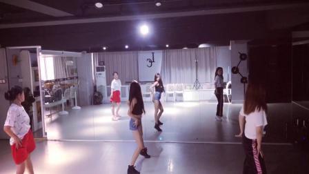 成人爵士舞 合肥零基础舞蹈教学 钢管舞 古典舞