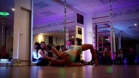 钢管舞成品*eautiful Pole Flow Show Isak Danielson  *acki