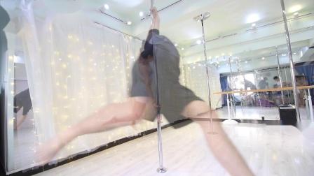 三亚陶子钢管舞-三亚陶子空中舞蹈