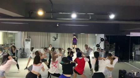 合肥成人零基础现代舞蹈 爵士舞 立晨钢管舞教学