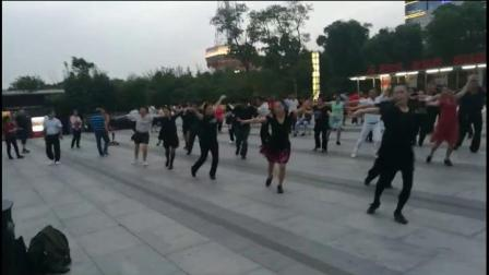 苏州舞之恋体育舞蹈运动俱乐部休闲桑巴教育一