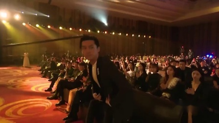2019微博电影之夜颁奖典礼胡歌桂纶镁湖北方言配