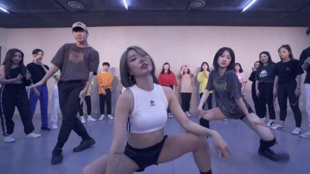 Let's Shut Up & Dance全球热播舞曲  美女热舞版