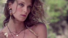 沙滩比基尼写真 Daria 拍摄《Vogue》时尚大片