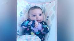宝宝对奇怪的噪音-搞笑宝宝视频
