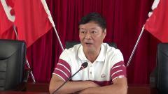 雅安市老体协主席朱玉贵在石棉县老年体育工作