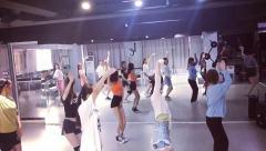 合肥主播舞蹈 成人零基础培训 立晨专业钢管舞